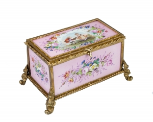 Porcelain Box, France, 19th century