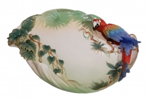 Plate with parrot, Franz Collection, China, 21th century