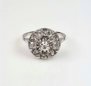 Diamonds ring